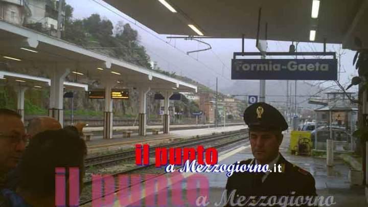 Incendio su una carrozza ferroviaria nella stazione di Formia