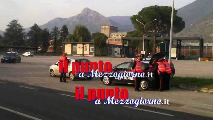 Minturno, tenta di corrompere i carabinieri per evitare la multa: 52enne arrestato
