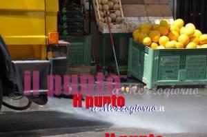 meloni in strada