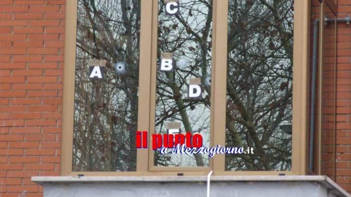 Spari a Cassino, altre pistolettate vicino contro la finestra. Lo sparatore sarebbe 22enne di Piedimonte