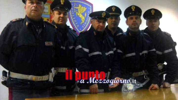 Pusher nella rete della polizia stradale di Cassino, trasportavano coca e hashish