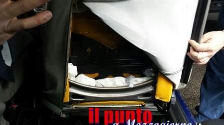 In viaggio sull'A1 con mezzo chilo di droga, 39enne arrestato a Cassino