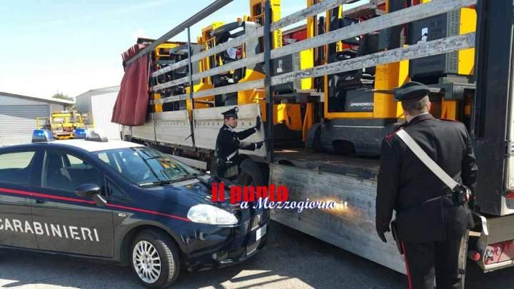 Arrestato a Sabaudia un camionista di Foggia trovato con carrelli elevatori rubati a Pomezia