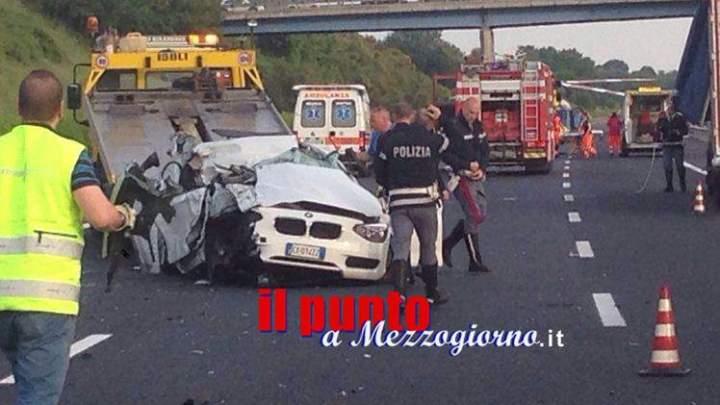 Incidente stradale sull'autostrada. Auto contro pullman, ferito grave 45enne