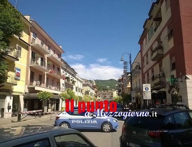 Conduttura metanifera danneggiata in centro a Cassino, chiusa viale Dante