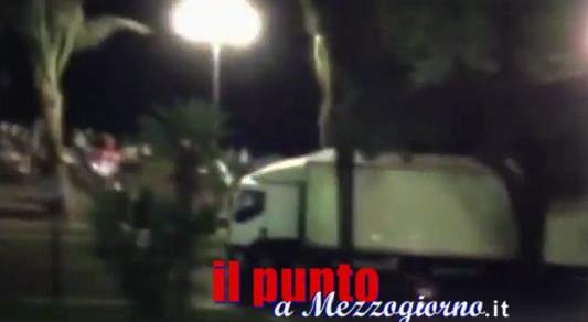 Attacco terroristico a Nizza, 84 morti e centinaia di feriti. Molti i bambini