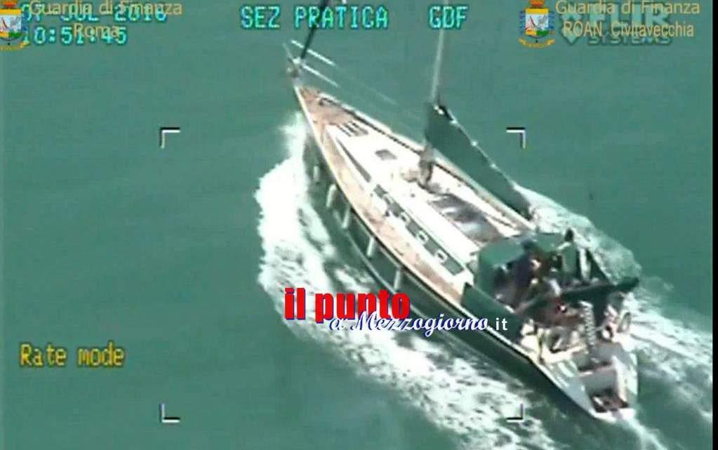 Stupefacente crociera nel Mediterraneo interrotta dalla Finanza (VIDEO) che sequestra 3,3 tonnellate di hashish