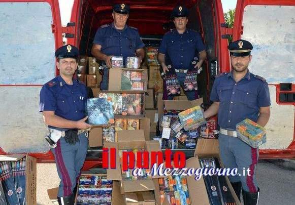 Fuochi d'artificio illegali, maxi sequestro della Stradale a Cassino