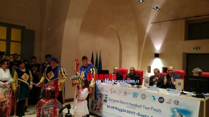"""Presentata la fase finale del """"European Beach Handball Tour"""" a Gaeta dal 26 al 28 maggio"""