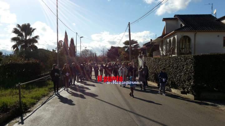Successo a Solfegna Cantoni per la Via Crucis in largo don Bosco