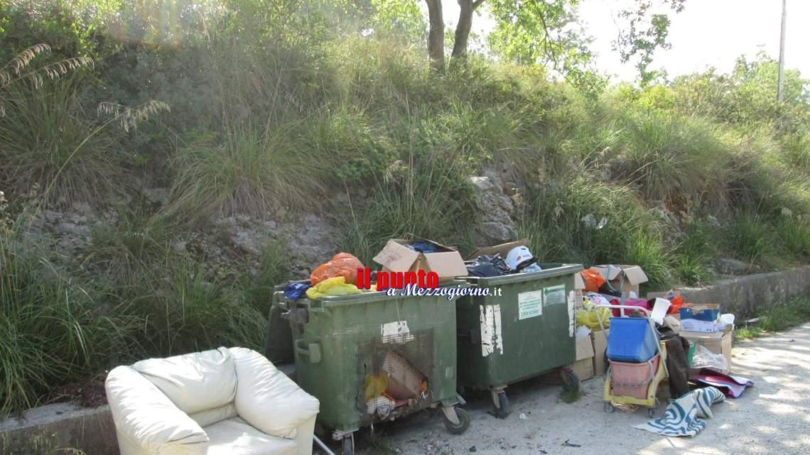 """Coreno, incastrati dalla videosorveglianza, multati gli """"zozzoni"""" che abbandonano i rifiuti"""
