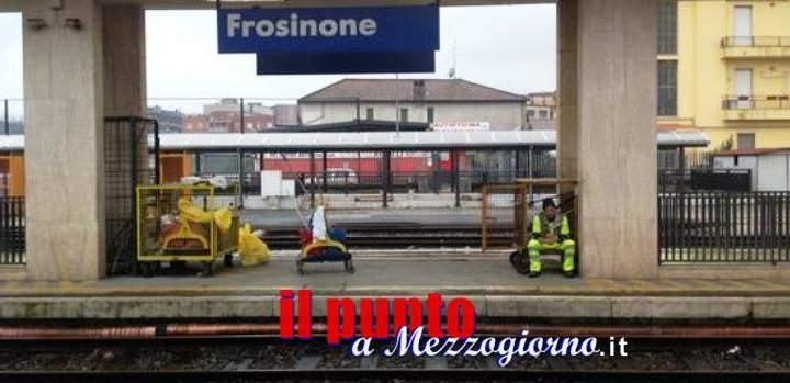 A Frosinone capotreno trova zaino contenente 2000 euro: riconsegnato al proprietario dalla Polizia Ferroviaria