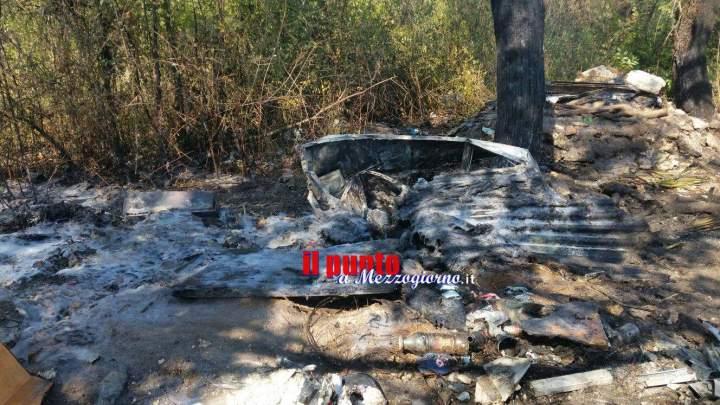 Cumulo di rifiuti in fiamme vicino al termocombustore di San Vittore