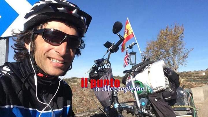Cassinate in viaggio, cinque Paesi in 100 giorni per raggiungere il Sahara con citybike
