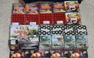 Botti illegali, 50 chili di materiale pericoloso sequestrato a Latina da Ps