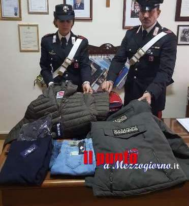 Mercato settimanale, sequestrati dai carabinieri capi di abbigliamento contraffatti