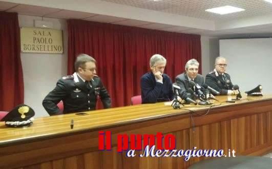 Cisterna di Latina, la procura tenta di far chiarezza: carabinieri non hanno strumenti per rilevare corpi vivi