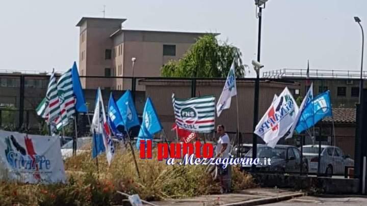 Sovraffollamento, aggressioni e poche ferie: la Fns Cisl protesta davanti al carcere di Frosinone