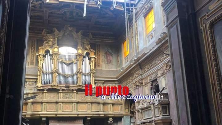 Crolla il tetto della chiesa S. Giuseppe dei Falegnami in Clivo Argentario