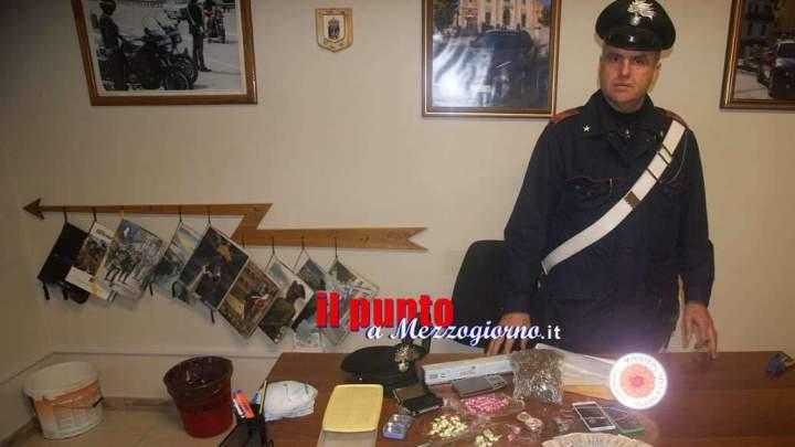 Padre, madre e figlio gestivano supermarket bunker per spaccio droga, cinque arresti