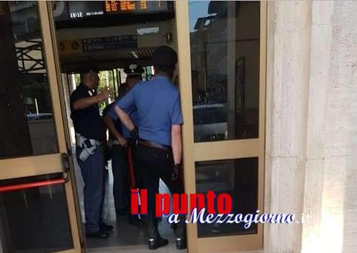 Giovane straniero semina il panico in centro a Cassino