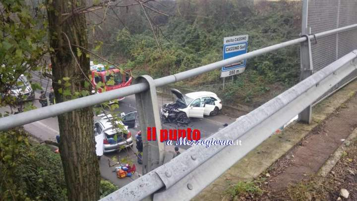 Incidente mortale a Cassino, muore mamma e feriti i due figli