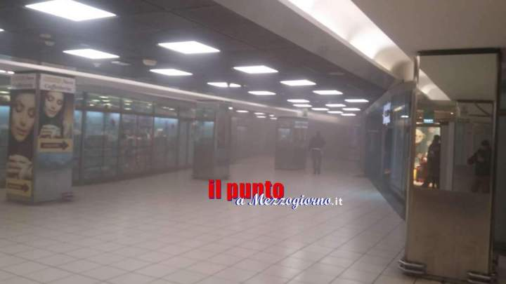 Roma, paura nei corridoi della metro della stazione Termini per un principio d'incendio