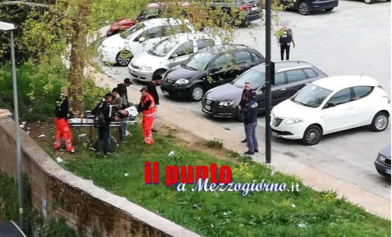 Cassino, giovane colto da malore nel parcheggio di campo Miranda, soccorso da polizia e 118