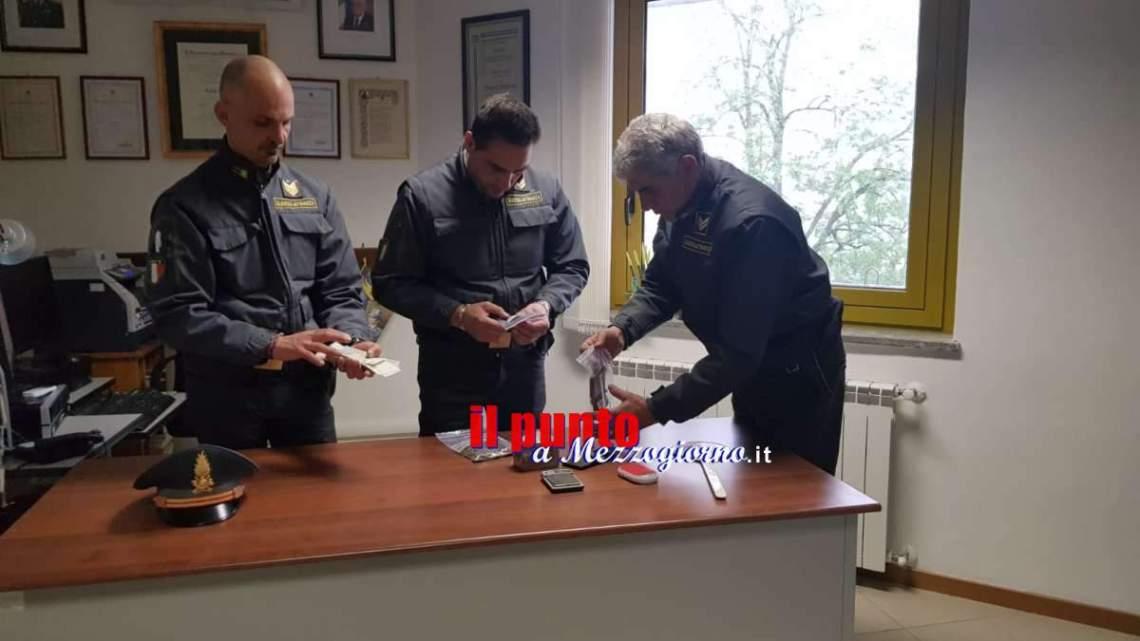 Cercano lavoratori in nero e trovano 7 etti di droga, arrestato commerciante