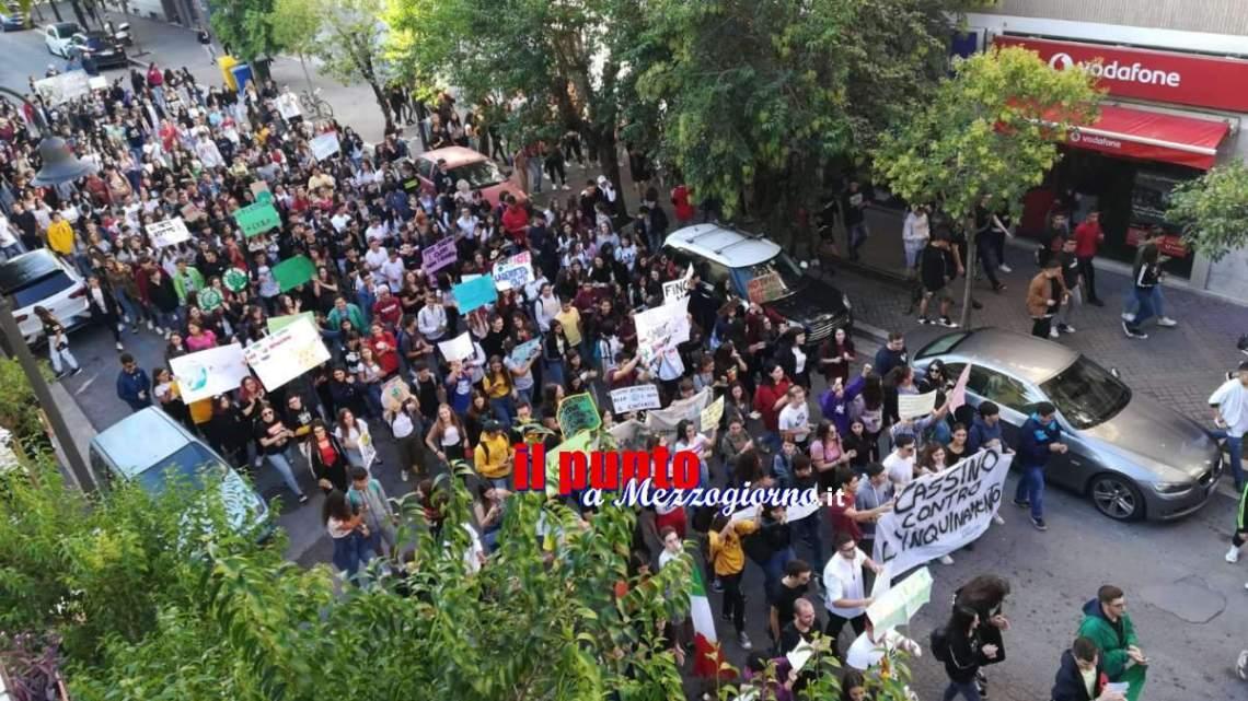 """Cassino, al """"Climate Strike"""" migliaia di studenti della Città per lottare contro la distruzione del Pianeta"""