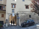 Si spacciano per emissari del parroco e tentano vendita statue di Padre Pio