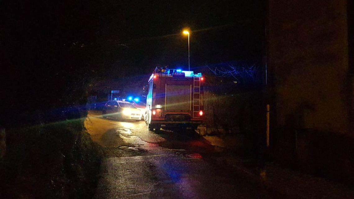 Frana a Cassino, vigili del fuoco al lavoro in via Santa Brigida