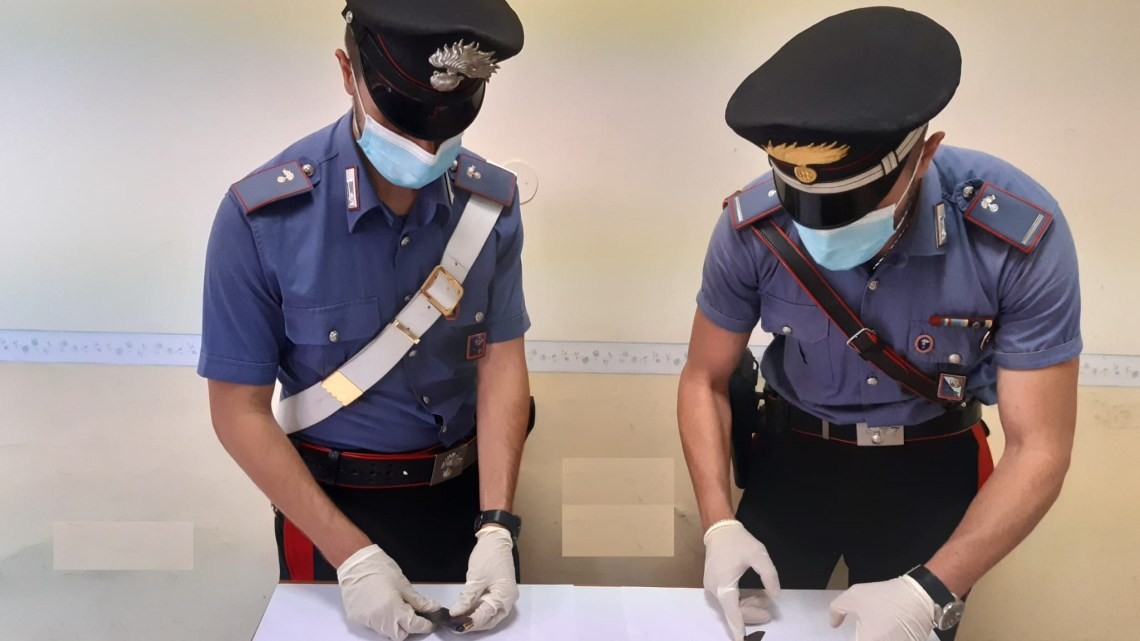 Roma – Esplode colpi di pistola a Spinaceto, 61enne arrestato