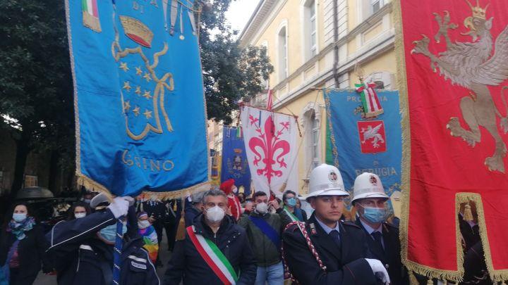 Il gonfalone di Cassino alla marcia Perugia Assisi