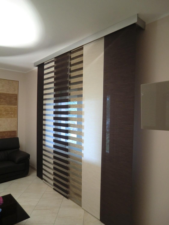 Tende velate semitrasparenti, adatte per le stanze più grandi, come il salotto e la. Tende A Pannello Con Mantovana In Alluminio Il Punto Tessuti E Tendaggi