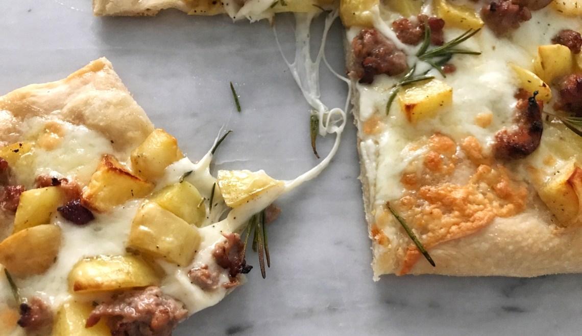 Pizza a media lievitazione con pasta madre