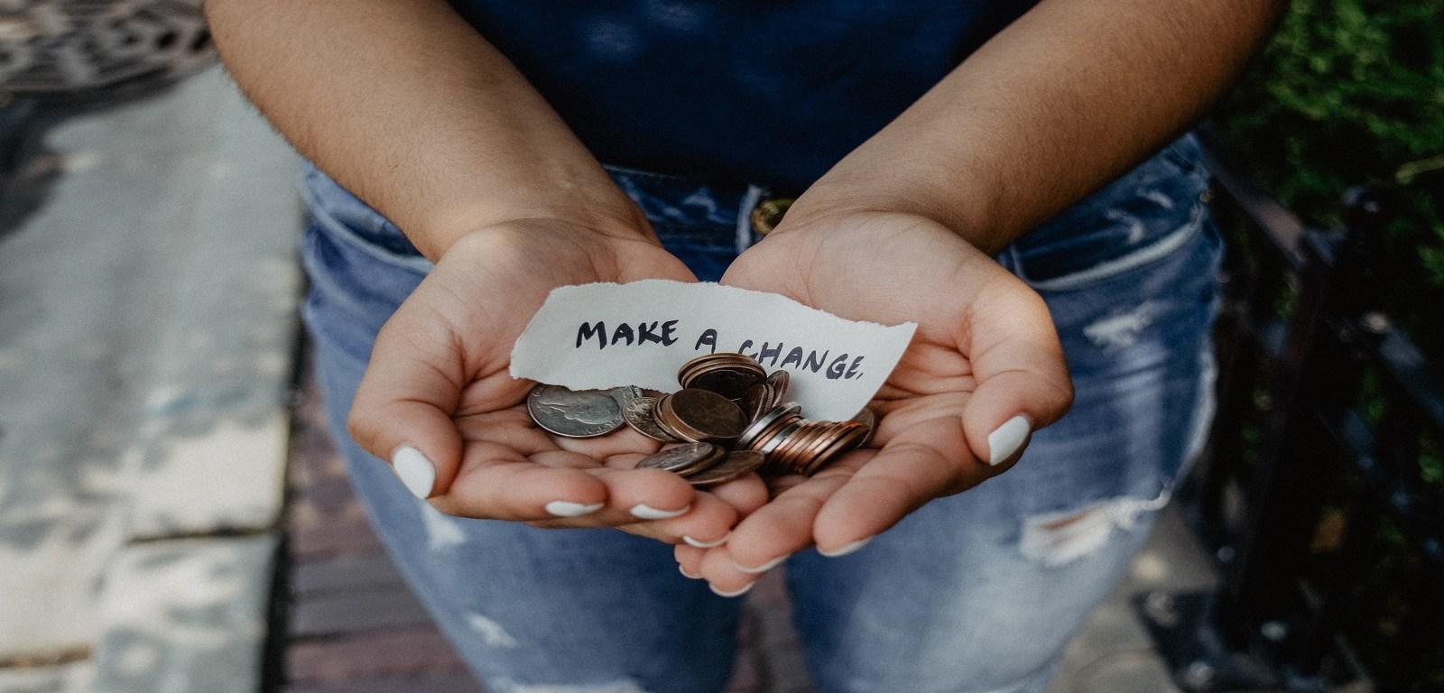 donne e denaro - make a change