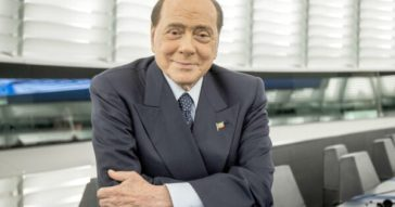 """Berlusconi, niente pensione: """"Sto bene, con Meloni e Salvini partito unico entro il 2023"""""""