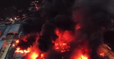 Incendio Airola, vigile del fuoco in ospedale: scuole chiuse e nube tossica fino a Napoli