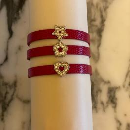 Braccialetto rosso con simbolo