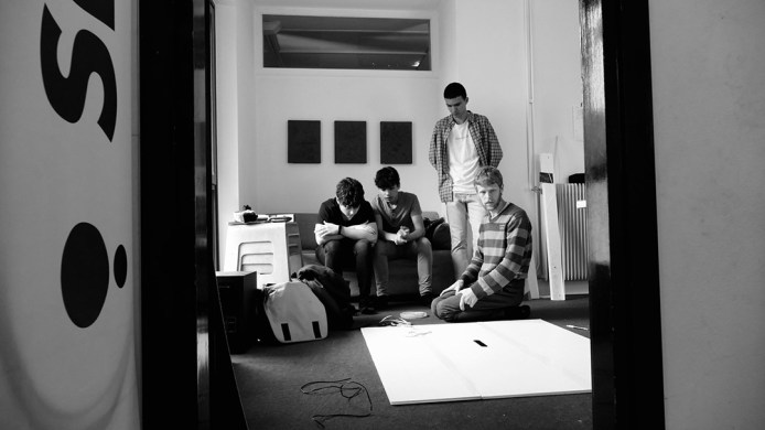 Gli studenti del progetto di ASL dell' ERT FVG dietro le quinte de #ilsuonoinmostra con Valerio Bergnach a #Spazioersetti