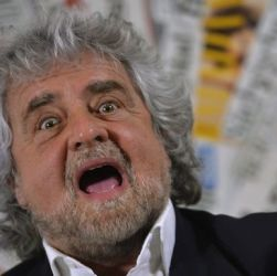 Grillo: io più trombato di Belen!