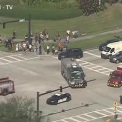 Florida, sparatoria nella scuola, arrestato ex studente