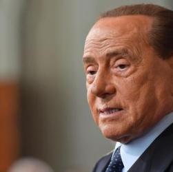 Forza Italia, fuga di dirigenti. Sondaggio: 2% in Emilia-Romagna