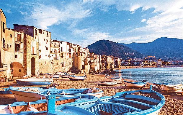 Lo stretto necessario: ricordi e immagini della Sicilia da Elio Vittorini a Levante
