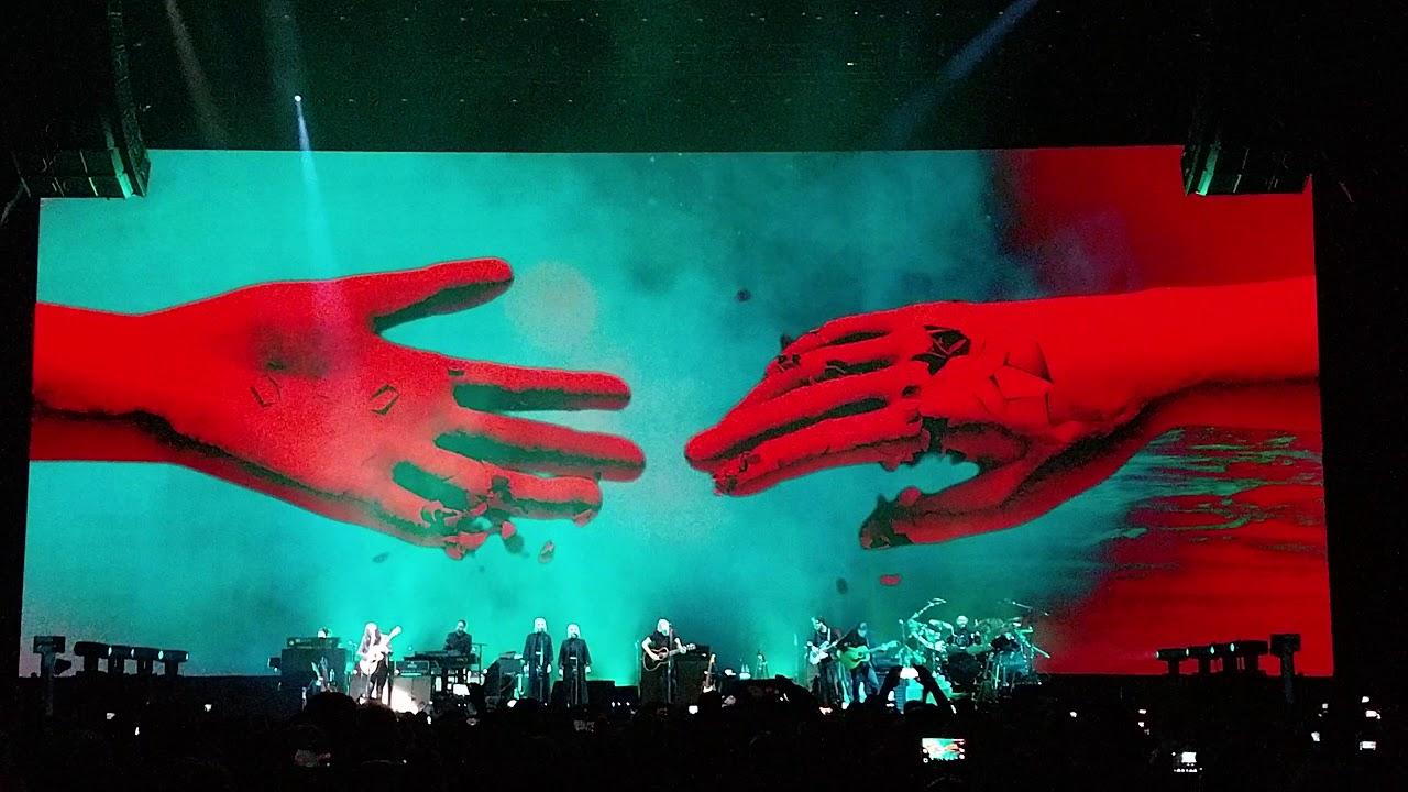 """""""Us + Them"""", Lyotard e Foucault spiegano il nuovo concerto di Roger Waters"""