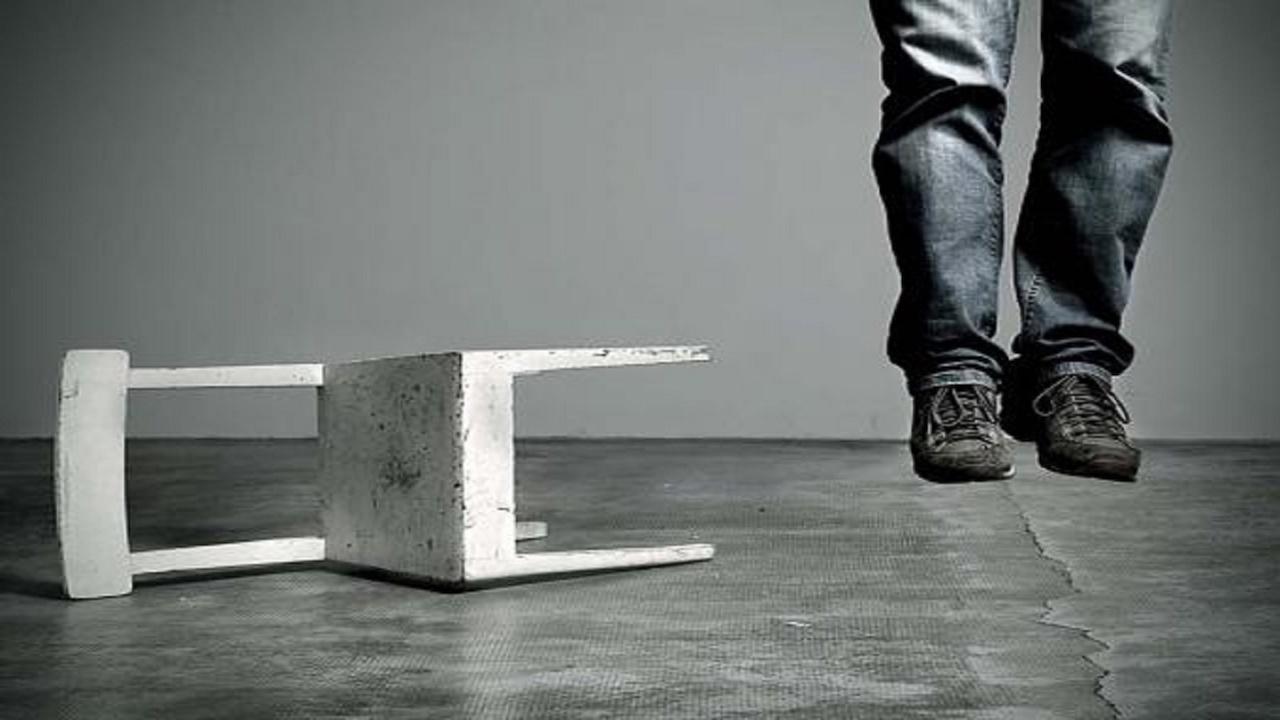 Il suicidio: scelta di coraggio o codardia? Da Catone a Ortis