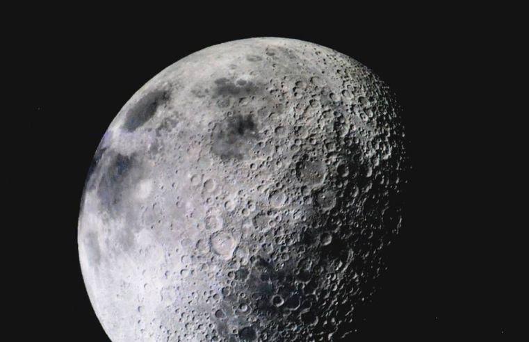 La faccia nascosta della Luna noi la scopriamo con la poesia di Alda Merini