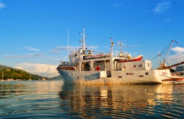 """Abbiamo intervistato il presidente della ONLUS """"Elpis"""" la nave ospedaliera che aiuta i più bisognosi"""