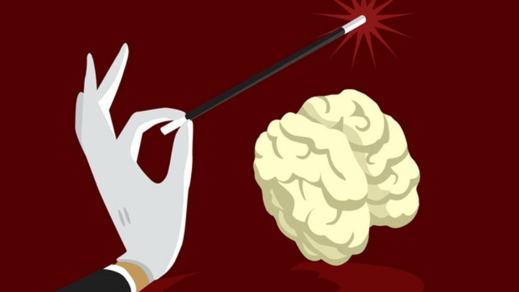 Sai come funzionano le tecniche di persuasione? Dall'antica Grecia agli influencer: già Socrate le utilizzava